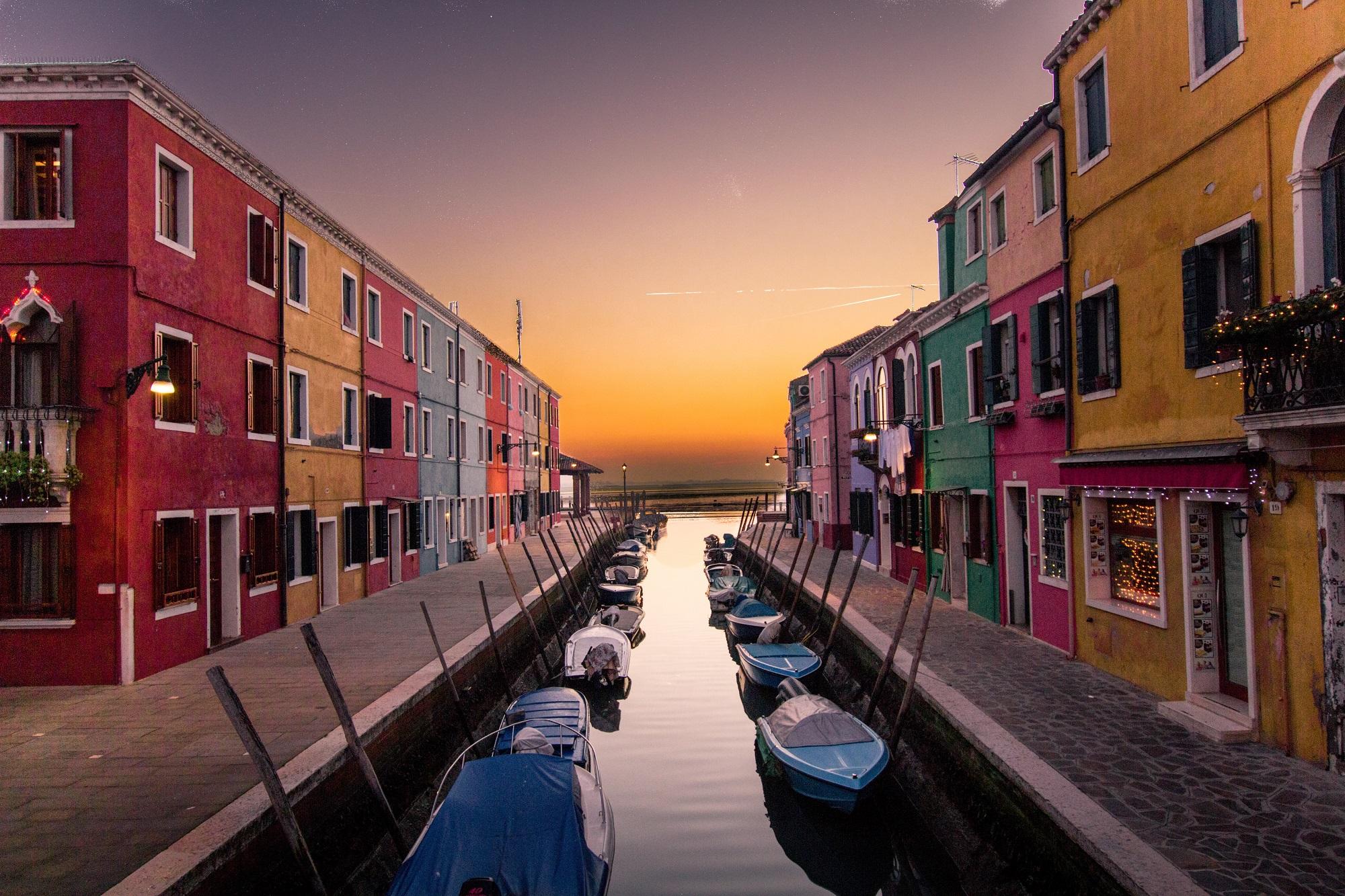 How to Plan a Romantic Venice Getaway
