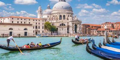 Venice Gondola Tour €30